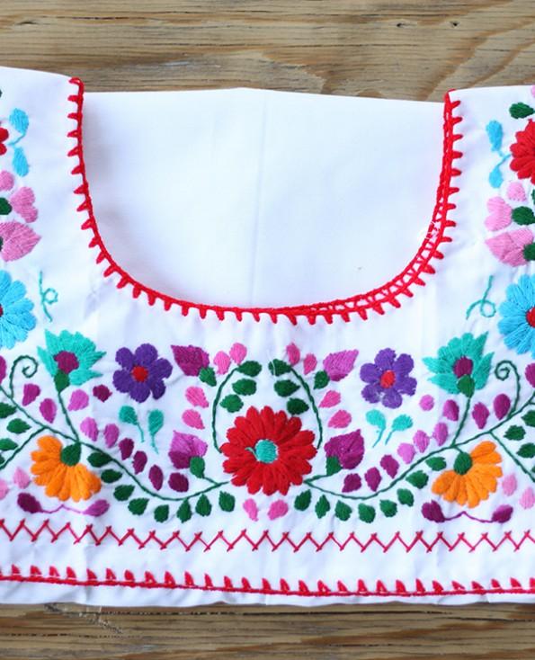 Tienda Elena - Blouse Tehuacan brodée - blanc - manches droites - artisanat mexicain - Fait main - hecho en Mexico - style bohème chic - hippie