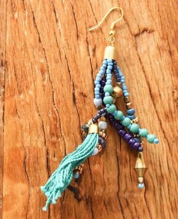 Tienda Elena - boucles puebla - 2 - bijou ethnique - navajo - perles de rocaille bleues dorées - pompon - vintage - hippie chicde rocaille bleues dorée - pompon - vintage - hippie chic