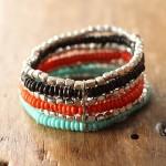 Manchette Michuacan - 2 - Tienda Elena - perles naturelles - bleu, corail, noir et argenté - bijou ethnique - bohème chic - indian spirit