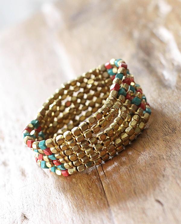 manchette veracruz - 2 - Tienda Elena - perles de rocaille - doré avec touches bleu et rouge - bijou ethnique - bohème chic - navajo