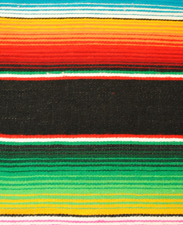Tienda Elena - Sarape noir - Décoration et artisanat mexicain - Fait main - Hecho en Mexico