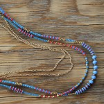 sautoir quintana - 2 - Tienda Elena - perles de rocaille - bleu et doré - bijou ethnique - bohème chic - indian spirit