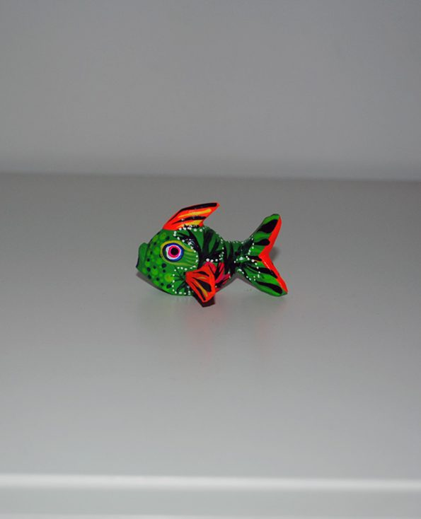 Tienda Elena - mini figurine bois Poisson - Mini Alebrijes poisson - Fait main - hecho en mexico - colorés - Mexique - 1