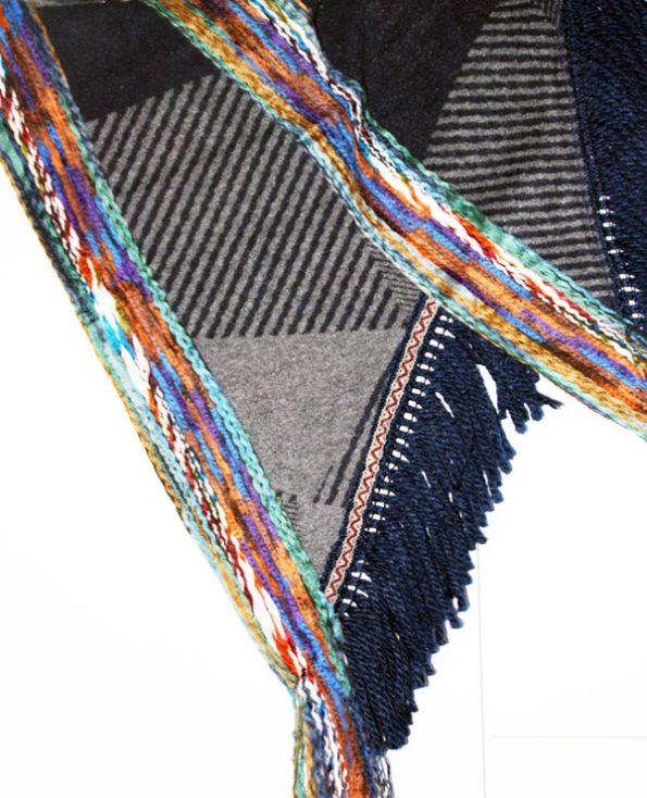 Tienda Elena - Mode et inspiration mexicaine - cape courte - 4 - mode bohème chic - ethnique