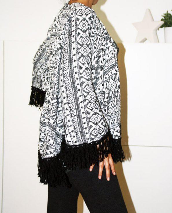 Tienda Elena - Mode et inspiration mexicaine - gilet Noir & Blanc - 2 - mode bohème chic - ethnique