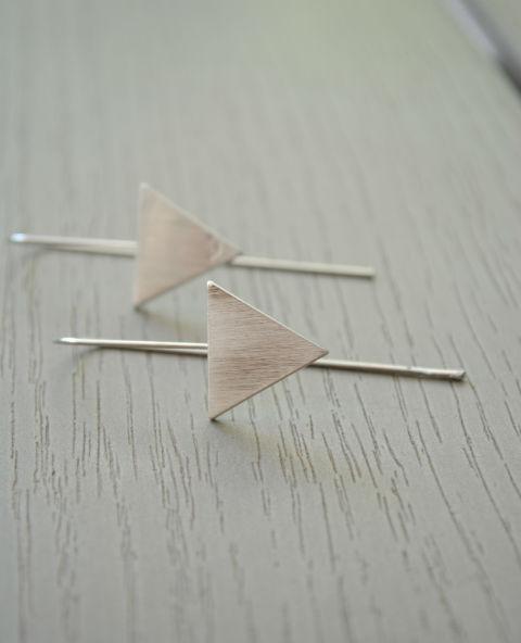 Boucles triangle argenté - Tienda Elena - Mode et inspiration mexicaine - 5 - bijoux géométriques