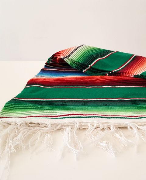 Tienda Elena - Couverture mexicaine emeraude - Mode et inspiration mexicaine - déco colorée - sarape mexicain - sarape vert - hecho en mexico - déco du mexique - 2