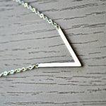 Bijoux géométriques - Pendentif V - Tienda Elena - Mode et inspiration mexicaine - 4