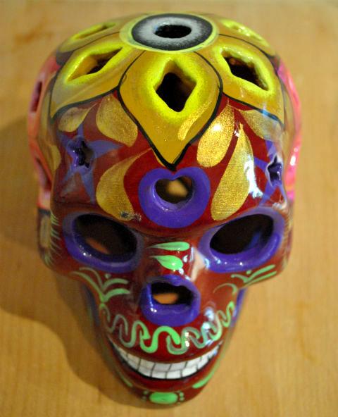 Tienda Elena - Calavera bordeaux yeux violés - Décoration et artisanat mexicain - Fait main - hecho en Mexico