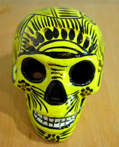 Tienda Elena - Calavera jaune et noire - Décoration et artisanat mexicain - Fait main - hecho en Mexico