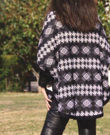 Tienda Elena - Poncho noir et blanc - mexique - hecho en mexico - esprit bohème - tendance - mode - 2