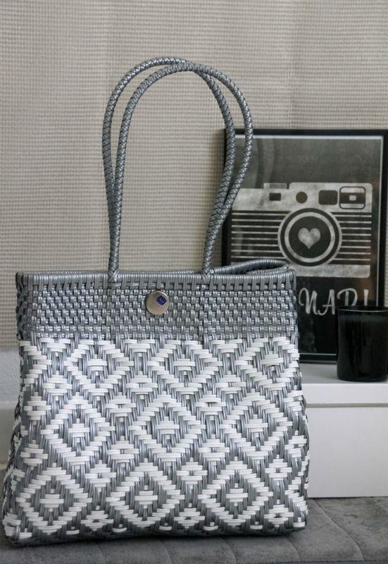 Tienda Elena - Mode et inspiration mexicaine - sacs cabas mexicains - secret fabrication - blog - Cabas blanc et argent