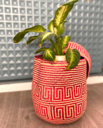 Tienda Elena - Panier rose en palme tressée - Artisanat made in Mexico - déco maison
