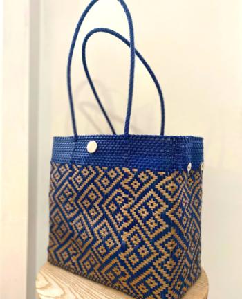 Tienda Elena - Mode et inspiration mexicaine - décoration et artisanat mexicain - fait main - hecho en Mexico - Sac cabas mexicain tissé ethnique chic bleu et doré - tendance bohème chic - 1